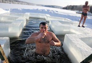 What Are the Benefits of a Cold Plunge After A Sauna?