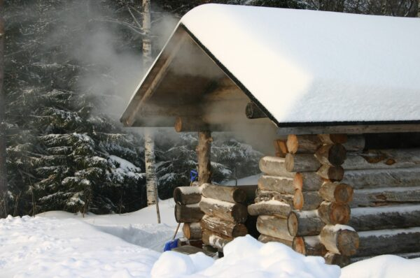 Sauna Stove: Use for Finish Island's Self-Sustaining Cabins