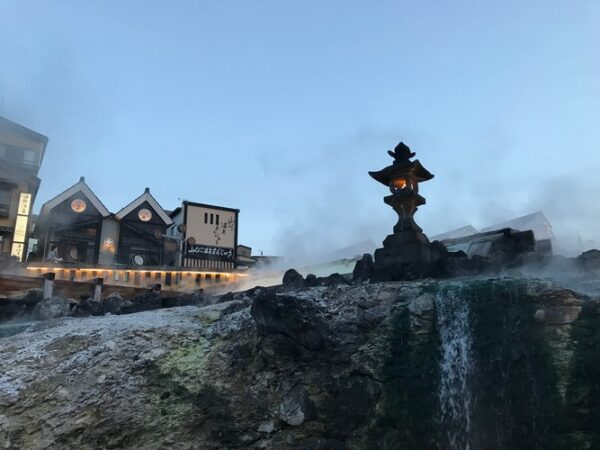 What Are The Differences Between Sento And Onsen